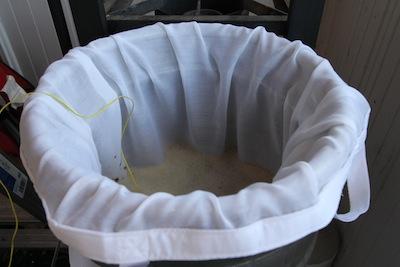 BIAB Bag in keggle during mashing
