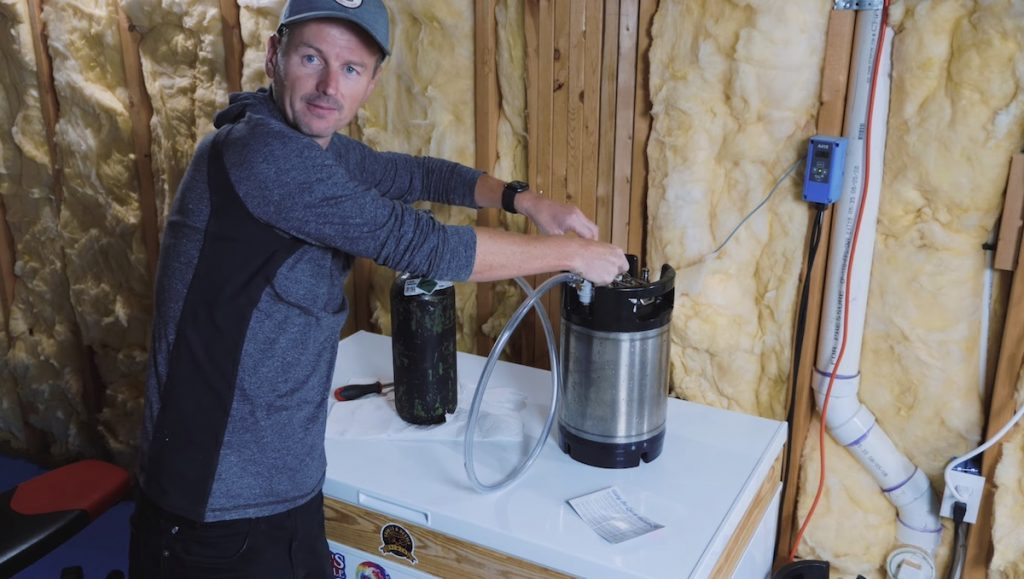 How to Make a Cold Brewed Nitro Coffee 10