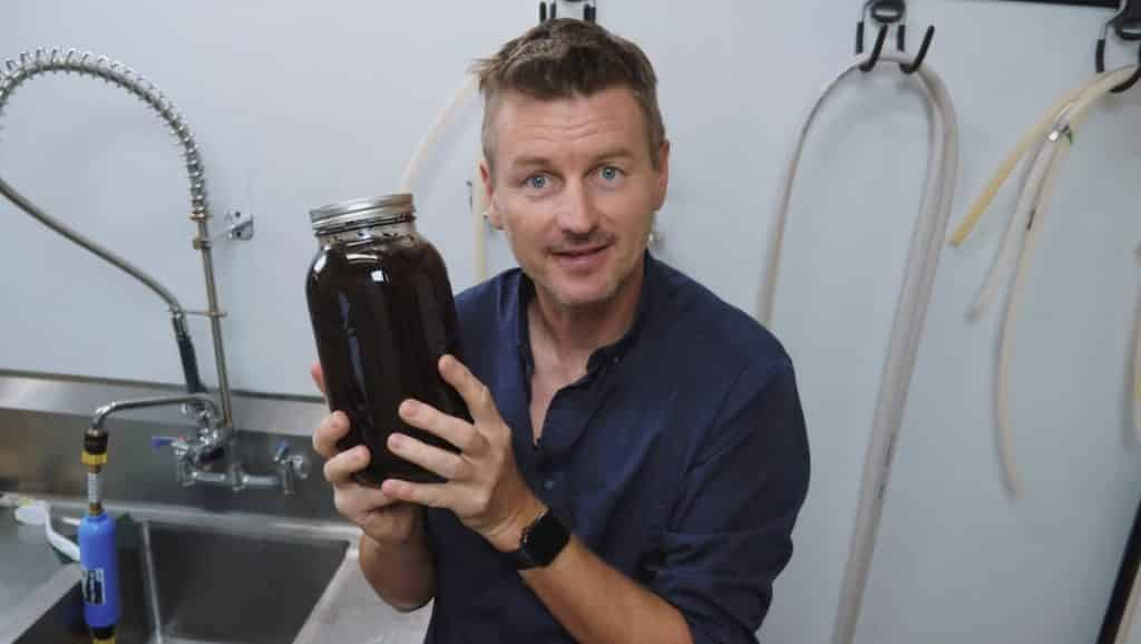 How to Make a Cold Brewed Nitro Coffee 7